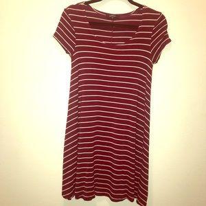 Ambiance US S Burgundy/White Striped T-Shirt Dress